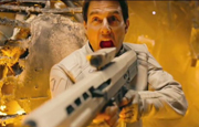 Tom Cruise reprend les armes dans Oblivion