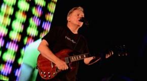 Un nouveau live «best-of» caritatif pour New Order