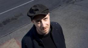 Sebastien Schuller : l'électro mélo de son nouveau single «Black Light»